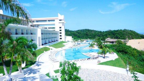 Secrets Huatulco Resort & Spa: ALBERCA PRINCIPAL