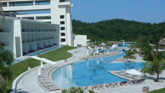 Secrets Huatulco Resort & Spa: ALBERCA