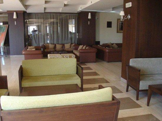 Sea Side Resort & Spa : Indoor Bar