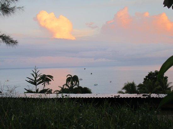 Cabinas Jade Mar: La vista desde nuestro bungalow