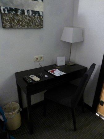 Hotel Macia Plaza : escritrio