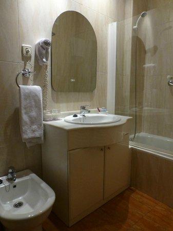 Hotel Macia Plaza: baño