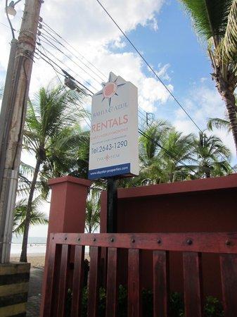 Daystar Bahia Azul: Front street sign