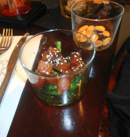 Taberna del Chato: Tartar de bonito con algas