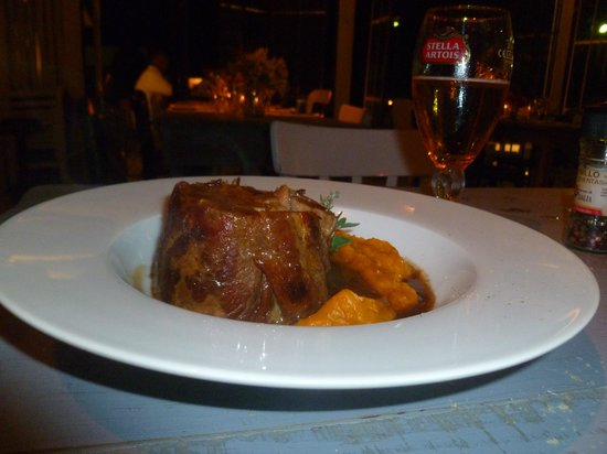 La Linda: Lomo de cerdo al horno de barro con boniato....