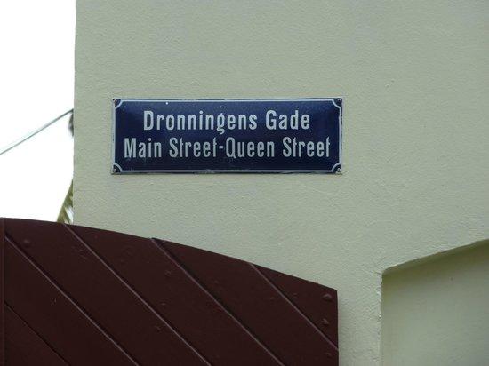 Main Street: sign