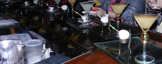 Beau Rivage Resort & Casino Biloxi: BR Prime's Nitrogen frozen alcohol balls cool martinis