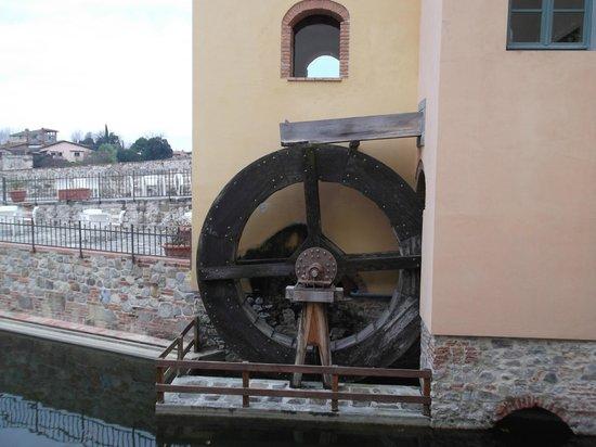 Hotel Mulino di Firenze : part of the old mill