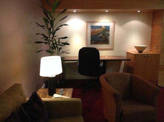Mespil Hotel: escritorio