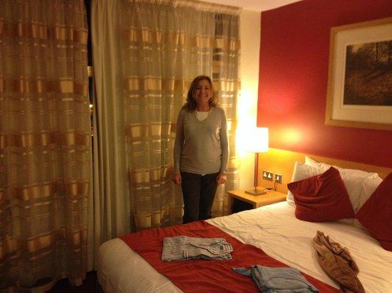 Mespil Hotel: dormitorio