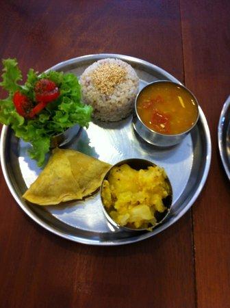 Krsna Cozinha Indiana Lacto Vegetariana