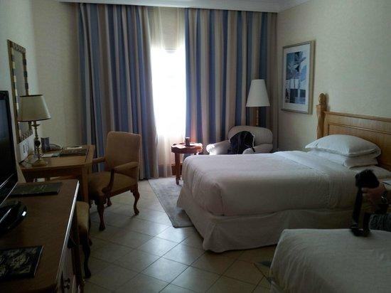 Sheraton Jumeirah Beach Resort: La chambre