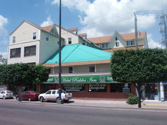 Raldos Inn: FACHADA DEL HOTEL