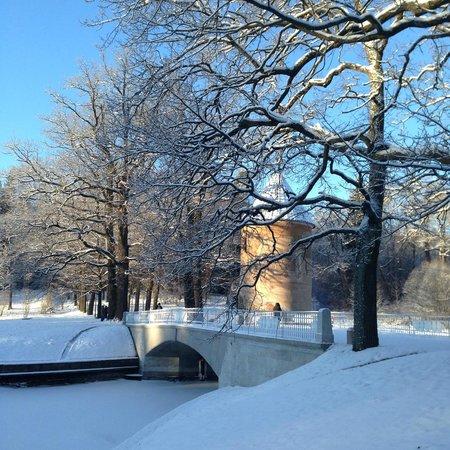 Pawlowsk-Palast und Parkanlage: Пиль-башня