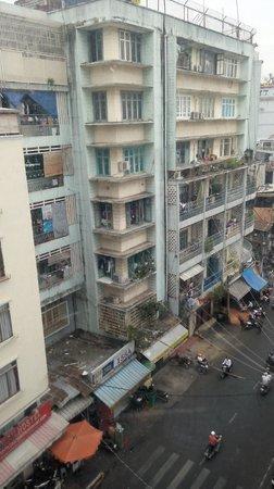 Meraki Hotel : rue plus calme le jour