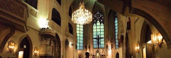 Die Burgkapelle: panoramic of the interior