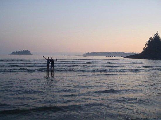 Bella Pacifica: Mackenzie Beach