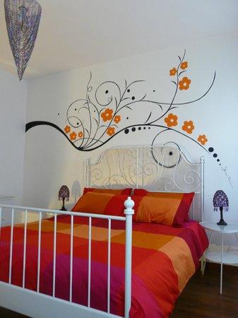 Disegno Sul Muro Foto Di Casa Cervade Bb Fontanelle Tripadvisor