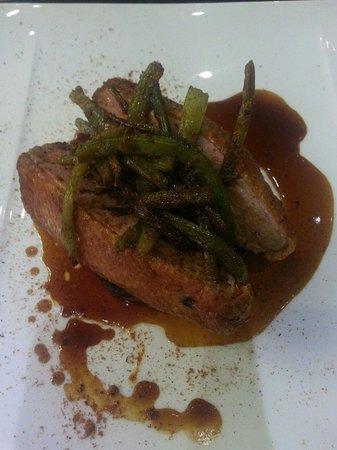 Restaurant Le Petit Paris: Beautiful duck