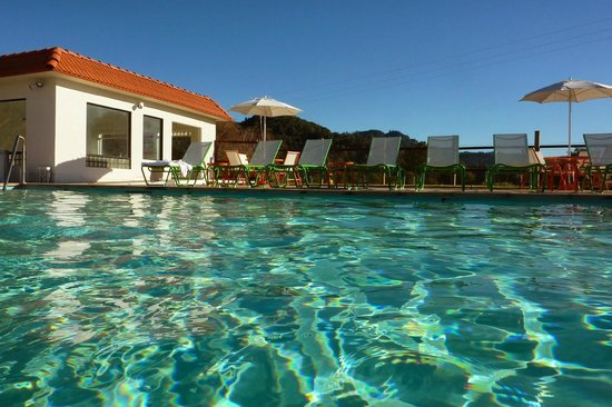Calistoga Motor Lodge and Spa: Sparkling mineral pools