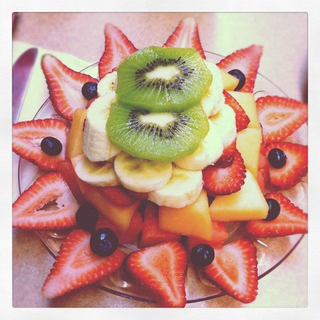 Joanie's Happy Days Diner : fruit