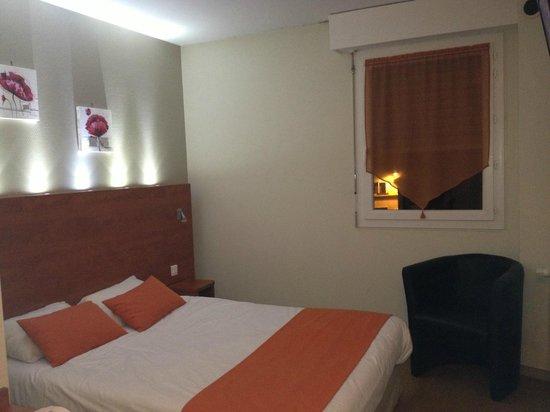 Hotel Montigny: chambre