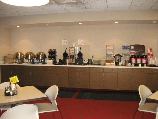 State House Inn - a Red Collection Hotel : Breakfast Buffet, State House Inn, Springfield, IL