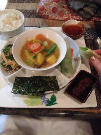 Cafe Toui : Great vege meal.