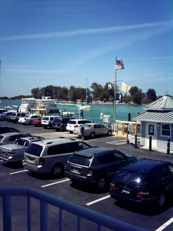 Crow's Nest Marina Restaurant & Tavern: beautiful