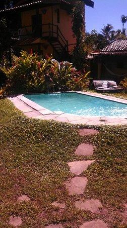 Vila Mato Verde Chalets: Piscina.