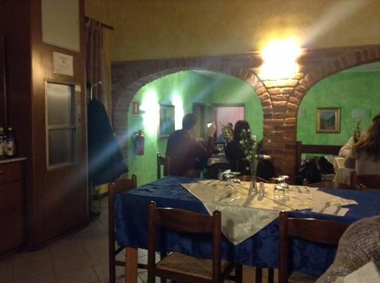 Lardirago, Italy: interno