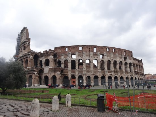 Private Tour of Rome: Our first stop was at the Colosseum