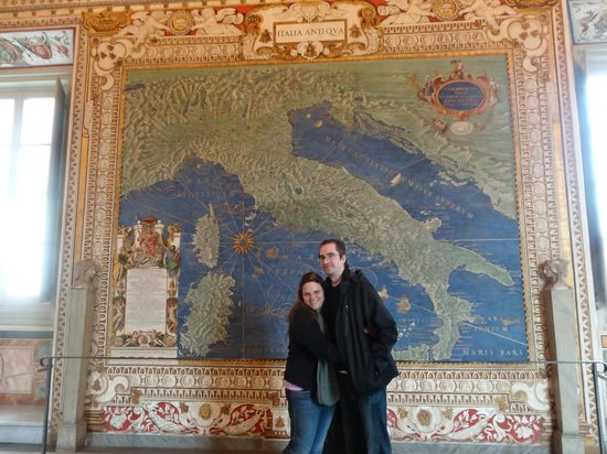 Private Tours of Rome - Vatican, Sistine Chapel and Colosseum Tours : The Amazing Map Room at the Vatican Museum