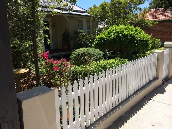 Myrtle Cottage Bed and Breakfast : Street view
