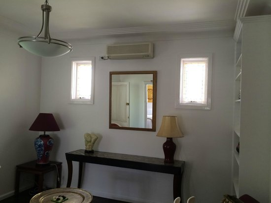 Myrtle Cottage Bed and Breakfast : air conditioned