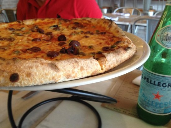 Filippo Wood Oven and Pizza Bar: Real Neapolitan Pizza