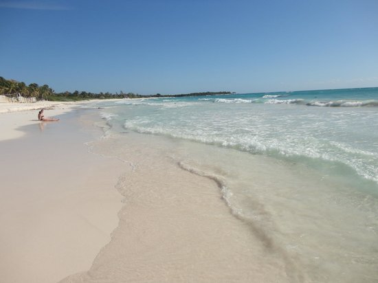 Catalonia Royal Tulum Beach & Spa Resort: Beautiful beach.