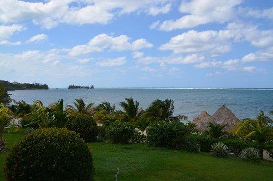 Turquoise Bay Dive & Beach Resort : desde la ventana de la habitación