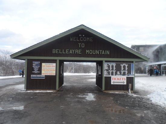 Belleayre Mountain Ski Center: Entrada a la montaña