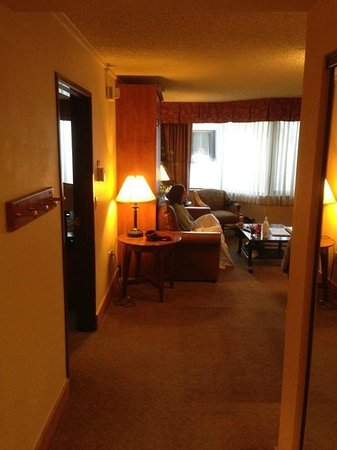 Grand Lodge Crested Butte: Room 504 View From Entry