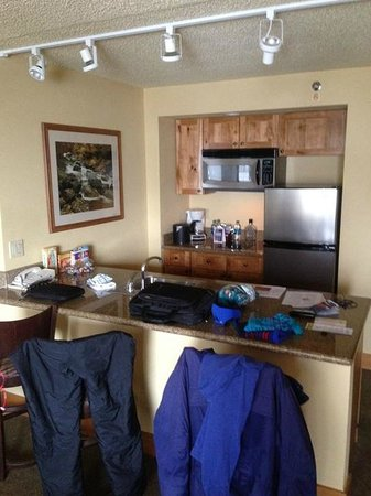 Grand Lodge Crested Butte: Room 504 Kitchen