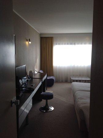 "Grand Hotel Plovdiv: ""Charmanter"" Drehhocker...."