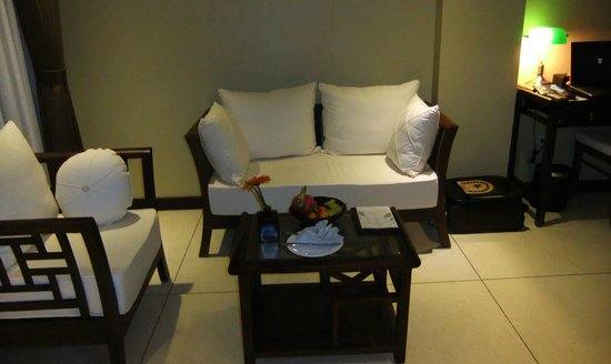 Essence Hoi An Hotel & SPA : Sitting are in room