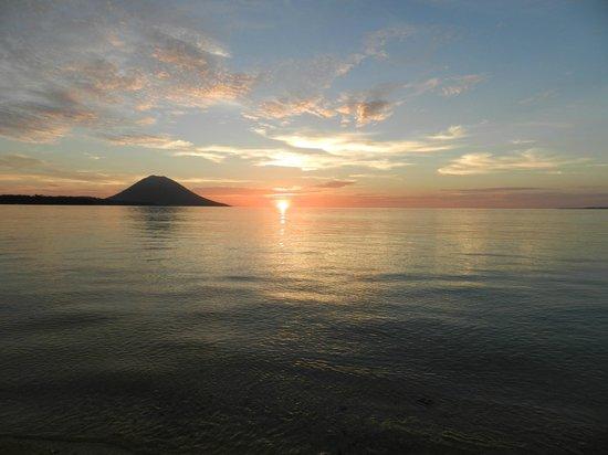 Siladen Resort & Spa: sunset