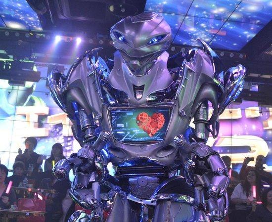 Robot Restaurant: Friendly Robots