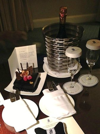 The Ritz-Carlton, Washington, DC : Special treat for our anniversary