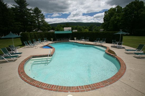 Palmer House: Outdoor Pool / hot tub