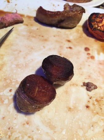 Aghadoe Heights Hotel & Spa: Burnt Saute Potatoes at 5 star hotel
