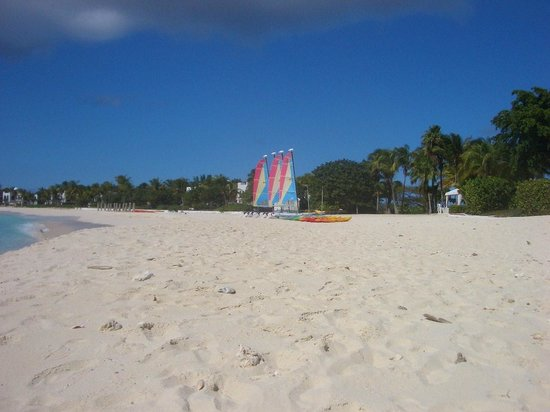 Maundays Bay: Hobie Cats for guests at CJ