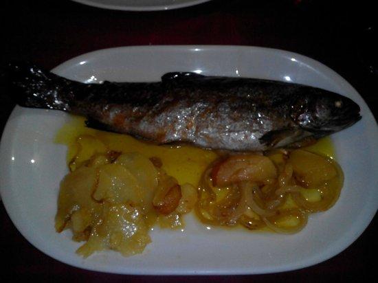 Hotel Rural Rio: Trucha en la cena